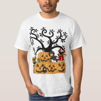 Abóboras de um Dia das Bruxas, pássaros pretos e T-shirts