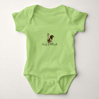 Abrace um Bodysuit do bebê de Pitbull Camisetas