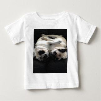 Abraços do Pug Tshirts