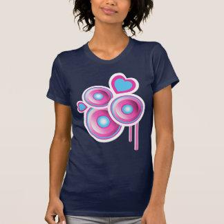 Abstrato Funky dos auto-falante & dos corações Camisetas