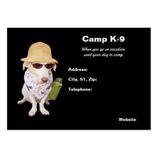 Acampamento do cachorrinho cartão de visita grande