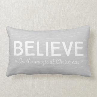 Acredite na mágica do Natal • teste padrão Almofada Lombar