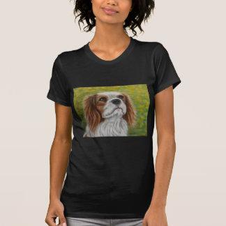Addie - arte descuidado do Spaniel de rei Charles T-shirt