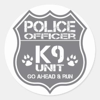 Adesivo A unidade do agente da polícia K9 vai adiante