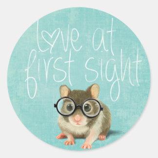 Adesivo Amor na primeira vista. Rato pequeno no amor