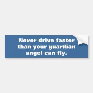 Adesivo De Para-choque Motorista rápido contra o anjo-da-guarda