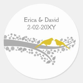 Adesivo lovebirds bonitos do amarelo da árvore que wedding