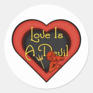 Adesivo O amor é um diabo