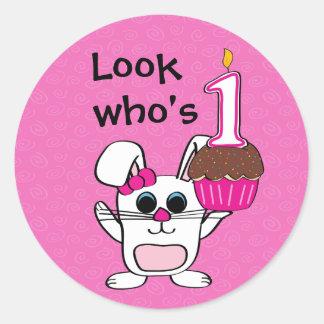 Adesivo Olhe quem é 1 primeiro aniversario do coelho & do
