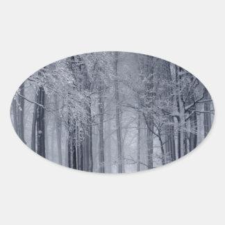 Adesivo Oval Cena do inverno
