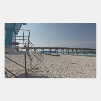 Adesivo Retangular Torre do Lifeguard no cais da praia da Cidade do