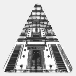 Adesivo Triangular estação de metro amarela do cais