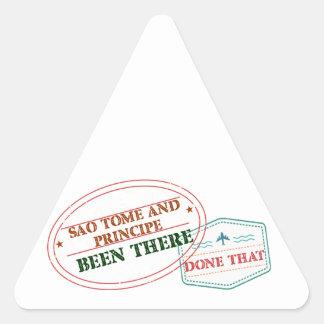 Adesivo Triangular Sao Tome and Principe feito lá isso