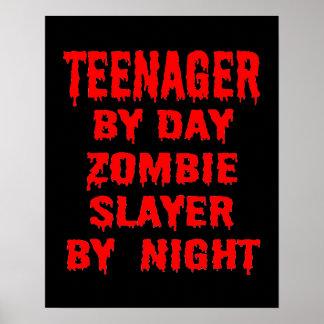 Adolescente pelo assassino do zombi do dia em a pôster