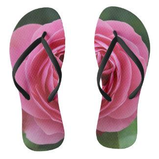 Adulto, rosas magros das correias macro chinelos