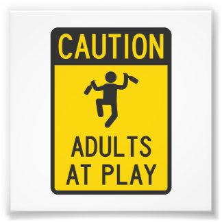 Adultos do cuidado no jogo impressão de foto