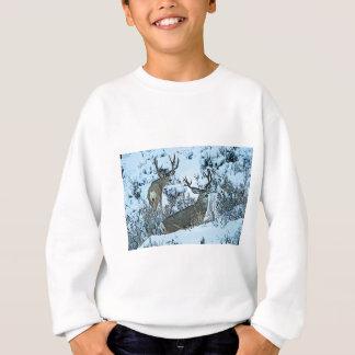 Agasalho Cervos do fanfarrão na neve