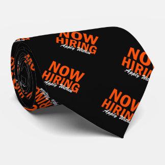 Agora contratando aplique dentro gravata