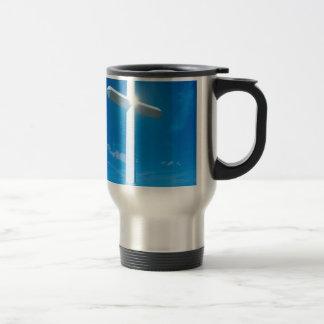 Água azul transversal branca da cristandade caneca térmica