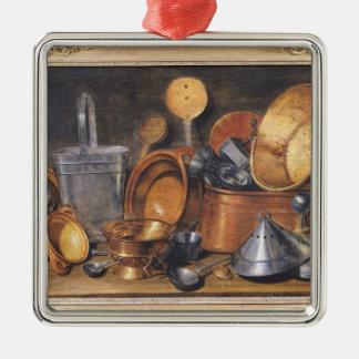 Ainda vida com utensílios da cozinha ornamento quadrado cor prata