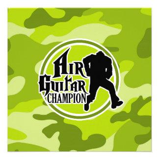 Air Guitar engraçado camo verde-claro camuflagem Convites Personalizados