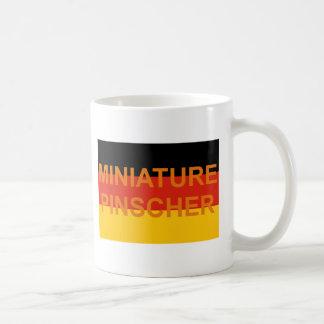 Alemanha-bandeira do nome do pinscher diminuto caneca de café