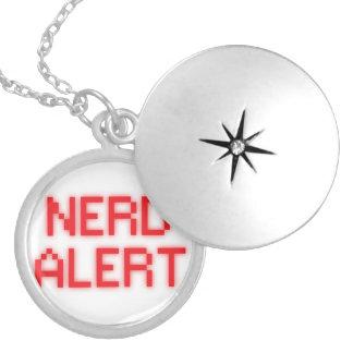 Alerta do nerd colar medalhão