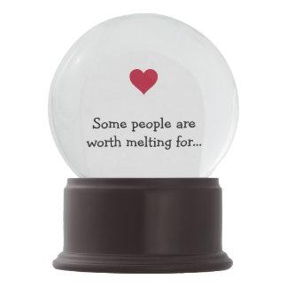 Algumas pessoas valem a pena derreter para o globo
