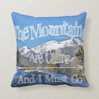 Almofada As montanhas travesseiro da arte estão