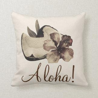 Almofada Chique elegante tropical do coco & do hibiscus do