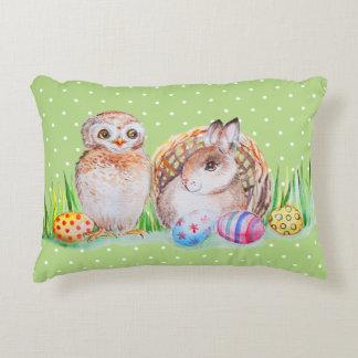 Almofada Decorativa Arte da coruja e da páscoa do coelho
