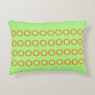 Almofada Decorativa Verde do travesseiro com os círculos alaranjados