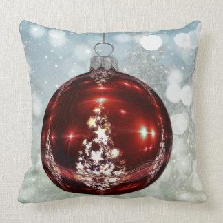 Almofada Feliz Natal vermelho e travesseiro branco