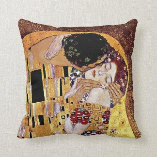 Almofada Gustavo Klimt - o beijo - arte Nouveau do vintage