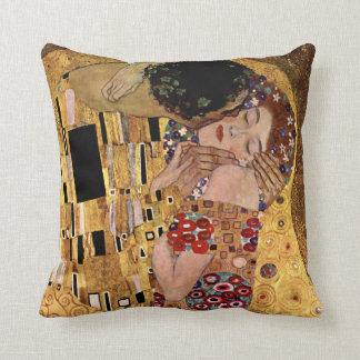 Almofada Gustavo Klimt: O beijo (detalhe)