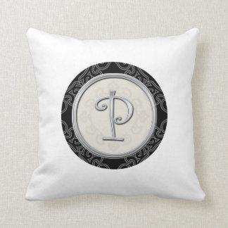 Almofada Inicial de prata à moda P do monograma