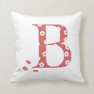 029010cd6 Almofada letra modelada B da flor (vermelho   pontos)