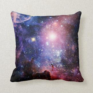 Almofada Nebulosa legal da galáxia