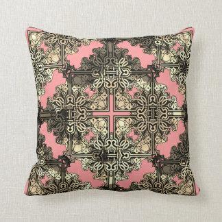 Almofada Nó celta boémio floral cor-de-rosa de Boho