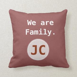 Almofada Nós somos monograma da afirmação da família