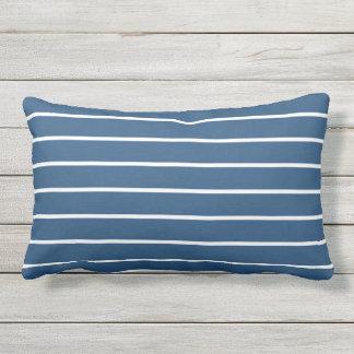 Almofada Para Ambientes Externos Design náutico clássico da listra branca azul