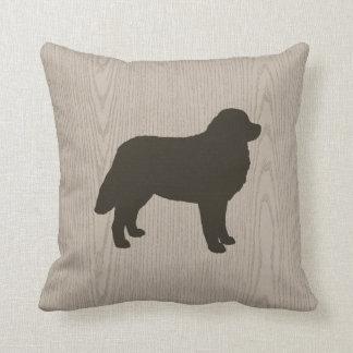 Almofada Silhueta do cão de montanha de Bernese