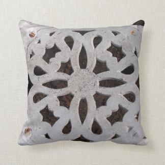 Almofada Travesseiro antigo elegante rústico do ferro