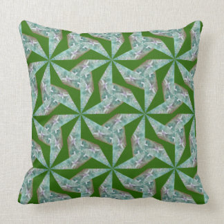 Almofada Travesseiro verde com teste padrão geométrico