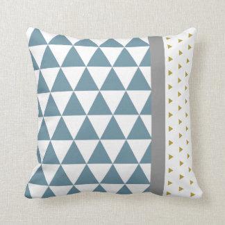 Almofada Triângulos Azul/Amarelo/Cinzento
