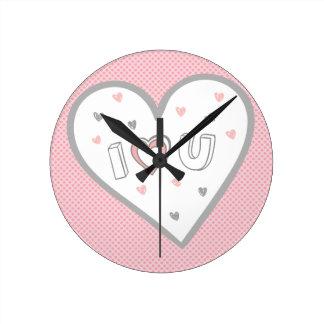 Ame-o tanto doce bonito do coração cor-de-rosa relógios para paredes