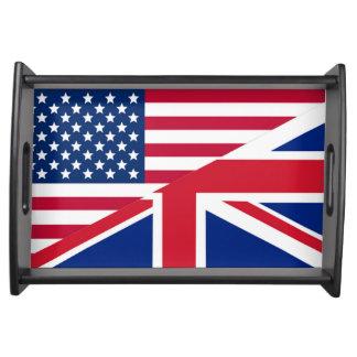 Americano e bandeja pequena do serviço da bandeira