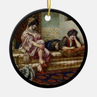 Amigos das mulheres em um Harem Ornamento De Cerâmica