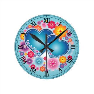 amor colorido com corações e flores relógio de parede