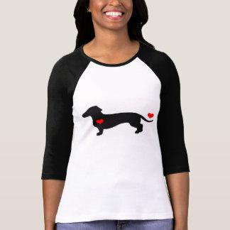 Amor do Dachshund - cão fêmea com corações Camiseta